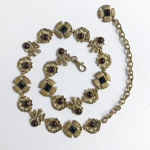 Vintage • golden lion & unicorn chain belt